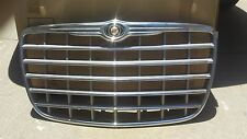 chrysler 300c  2008 - nos grill original factory
