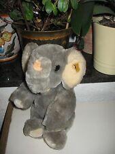 Steiff Elefant mit Knopf und Fahne