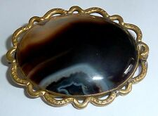 A VICTORIAN NATURAL AGATE BROOCH IN GOLD PLATED SETTING