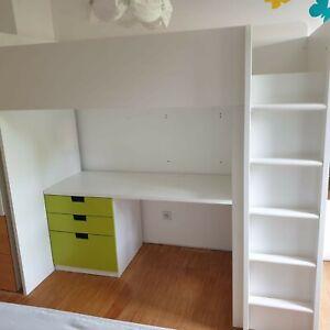 Hochbett-Schrank-Schreibtisch Kombination Kinderzimmer SMASTAD weiß/grün