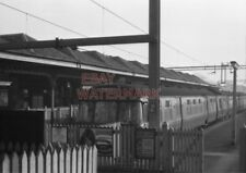 PHOTO  3 CAR SET AT BUFFER STOPS OF MILNGAVIE STATION WITH A SERVICE FOR SPRINGB