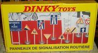 ATLAS - DINKY TOYS - PANNEAUX DE SIGNALISATION ROUTEIRE  - 12 PIECE SET  - BOXED
