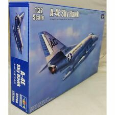 Trumpeter 1:32 TRU 02266 Douglas A-4E Skyhawk  Model Aircraft Kit