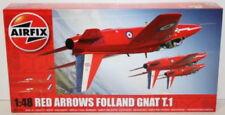 Articoli di modellismo statico rosso aereo militare, scala 1:48