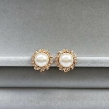 Clip on central synthetic Pearl around little crystals rose gold plated earrings