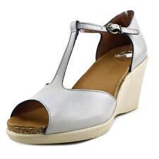 Sandalias y chanclas de mujer Kickers de piel