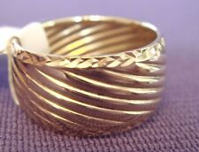 EternaGold Polished Ribbed Texture Band Ring 14K Gold 2g size 6 NWT QVC $272
