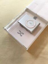 Apple iPod Shuffle 2GB 2nd Generation