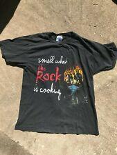 The Rock WWF WWE Vintage Wrestling T-Shirt Size Large 1999 Attitude Era Metal