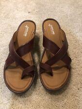 NWOB EASTLAND Willow Sandals Toe Loop Wedge Size US12W and EUR 44.5 Brown