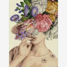 """Dimensions Gold Collection Petites Counted Cross Stitch Kit 5""""X7"""" Garden Lady"""