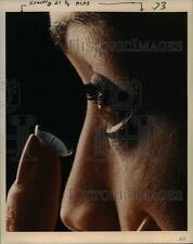 1987 Press Photo Wyndham, Portland fashion model, use contact lenses