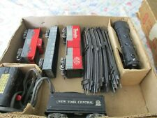 1940'S MARX NEW YORK CENTRAL FREIGHT TRAIN SET. EXCELLENT CONDITION W/BOX O SCAL