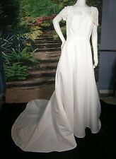 CASABLANCA FORMAL WEDDING GOWN 12 DRESS WHITE LACE PEARLS BALLGOWN PRINCESS