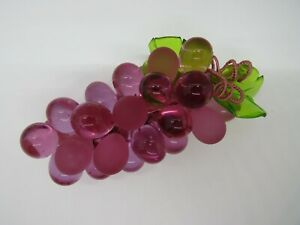 Vintage LUCITE CLUSTER of PURPLE GRAPES 1960's Green Lucite Leafs EUC