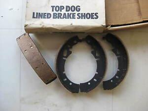 NEW FRONT BRAKE SHOES - KB1161 - FITS: DAF 44 - (1966-74)