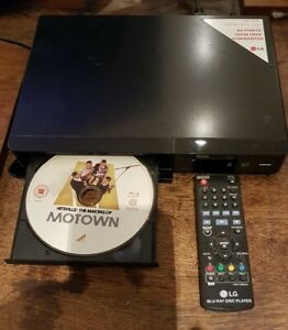 LG Blu-Ray Player Model BP240 -- Small Footprint -- With Remote - Fully Tested *