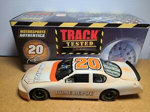 2006 Tony Stewart #20 Home Depot / Track Tested JGR Chevy 1:24 NASCAR Action MIB