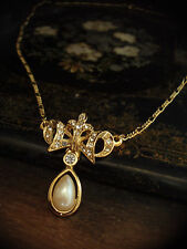 Drop Gold Pendant Necklace Vintage Crystal with Pearl