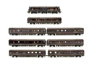 KATO 'N' GAUGE 10-1519 'SEVEN STARS IN KYUSHU' CRUISE TRAIN 8 CAR SET