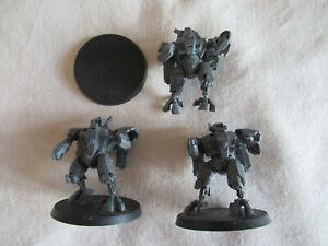 3x Tau Empire XV8 Battlesuits *Warhammer 40,000* Games Workshop