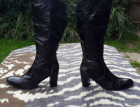 Progetto Black Patent leather hand sewn boots made in Italy UK size 7 EU 40