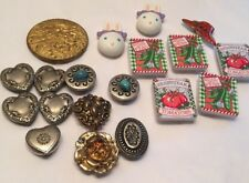 18 Vtg 90s Button Covers Hearts Floral Rabbit Seed Pkg Faux Turquoise Lot 18 Cov