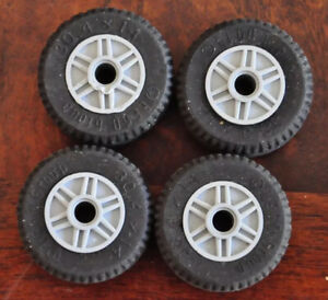 1 Set of 4 LEGO Wheels Tyres Car Part 30.4 mm x 14mm Grey, Yellow or Black