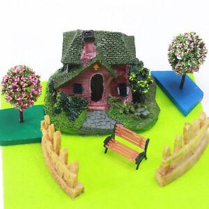 Miniature House & Blossom Trees Set by Mowbray Miniatures (7 pcs)