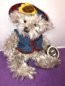 """NWT-VINTAGE- 10""""  1996 Blossom Brass Button Bear Collection Plush"""