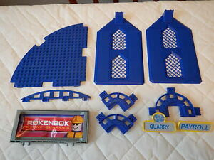 Rokenbok Toy Construction Set  #34111 Replacement: 28 Pieces Panels/Sign