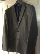 Mans River Island 2 Piece Suit. Light to Mid Grey. Jacket 40R. Trousers 32R.