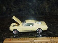 Gl 1965 Ford Mustang Classic Muscle Car With Rubber Tires And Opening Hood!