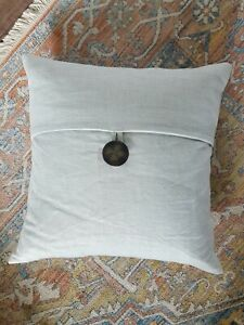 Pottery Barn 100% Linen Pale Blue Button Pillow Cover 18x18 & Down Pillow Insert