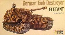 Carro armato 1/72 GERMAN TANK DESTROYER ELEFANT - ESCI ARMOR 8006