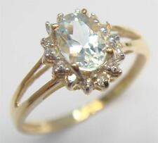 FABULOUS 10KT YELLOW GOLD AQUAMARINE & DIAMOND RING SIZE 7   R972