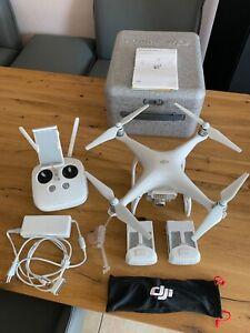 DJI Phantom 4 Bundle Neuzustand, wenig geflogen, mit Zusatzakku und Zusatz LED