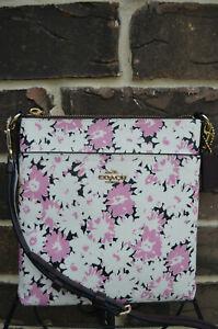 NWT $150 Coach Kitt Crossbody Daisy Print Chalk Gold Floral Small 89519