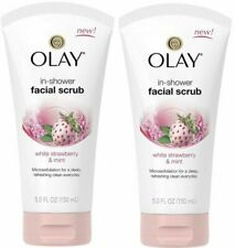 LOT OF 2 OLAY IN SHOWER FACIAL SCRUB, WHITE STRAWBERRY & MINT 5 OUNCE EA