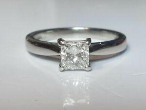 PLATINUM 0.48CT F/G VS PRINCESS CUT DIAMOND SOLITAIRE RING