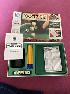 Original Yahtzee MB 1982 Game - Complete
