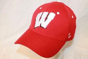"""Wisconsin Badgers Hat Cap """"Shootout White Button Flexfit Cap"""" Zephyr NCAA Hats"""
