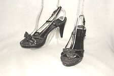 AMERICAN EAGLE ~ Shimmering Black & Silver Strappy Sandals Sz 7.5 * GOOD+++COND