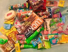ASIAN SNACK BOX 40 pc Japanese,Korean, Taiwanese snacks & candy chocopie lotte