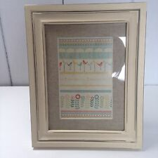 Shabby Chic Wooden Antique Cream Picture Frame Cream Ribbon for Hanging 6 x 4