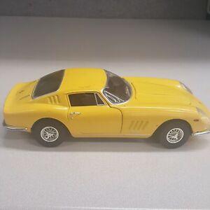 Ertl European Classics 1966 Ferrari 275 GTB4 1/18 Scale. Yellow