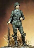 1/18 90mm Resin Figure Model Kit German Soldier Waffen-SS Infantry WWII Unpainte