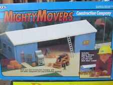 Ertl Farm Country Toy Mighty Movers Shed Construction Set 1/64!! Tractor (NEW)