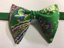 Handmade Green/Pink Paisley Bow tie Vintage style 70`s Bowtie Pre-tied Adjustabl