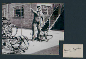 NORMAN WISDOM signed card +  pic in display. UACC RD retiring